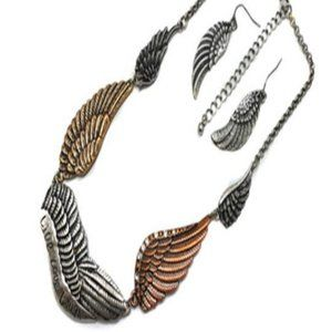 ANGLE WINGS NECKLACE SET